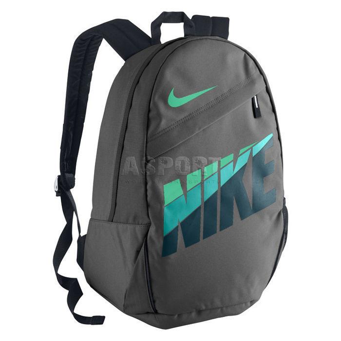 c1536eac064d4 Plecak szkolny, miejski, sportowy CLASSIC TURF 20L Nike - Kolor grafitowy
